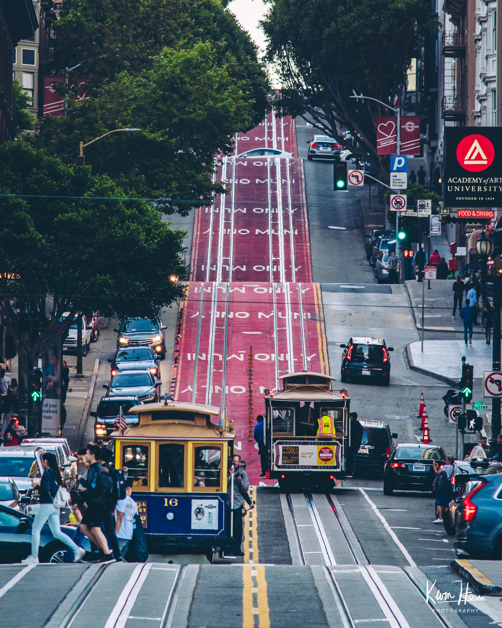 San Francisco Hills Trolley Downtown Vertical